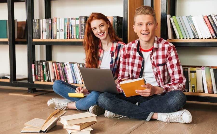 Szkoła średnia - młodzież